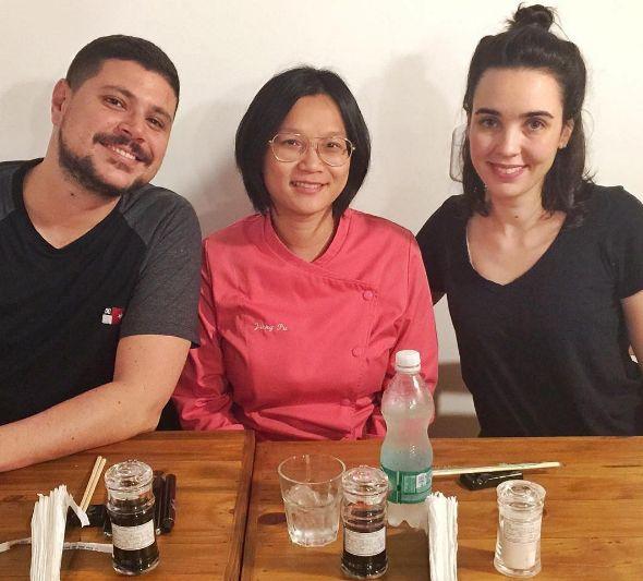 Jiang Pu inaugura restaurante de culinária oriental