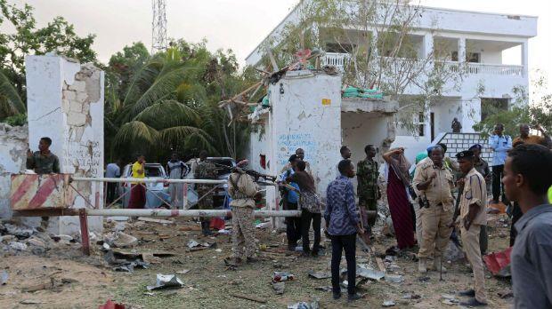 Ao menos 19 pessoas morrem em ataque a hotel na Somália