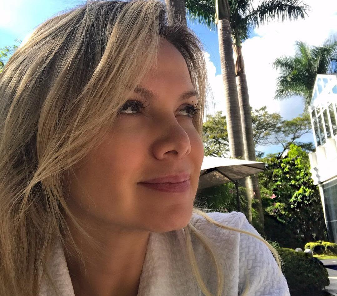 Eliana comemora alta temporária: Notícia maravilhosa