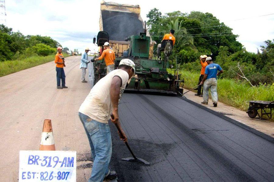 Obras buscam revitalizar rodovia que une Manaus a Porto Velho / Divulgação/Dnit
