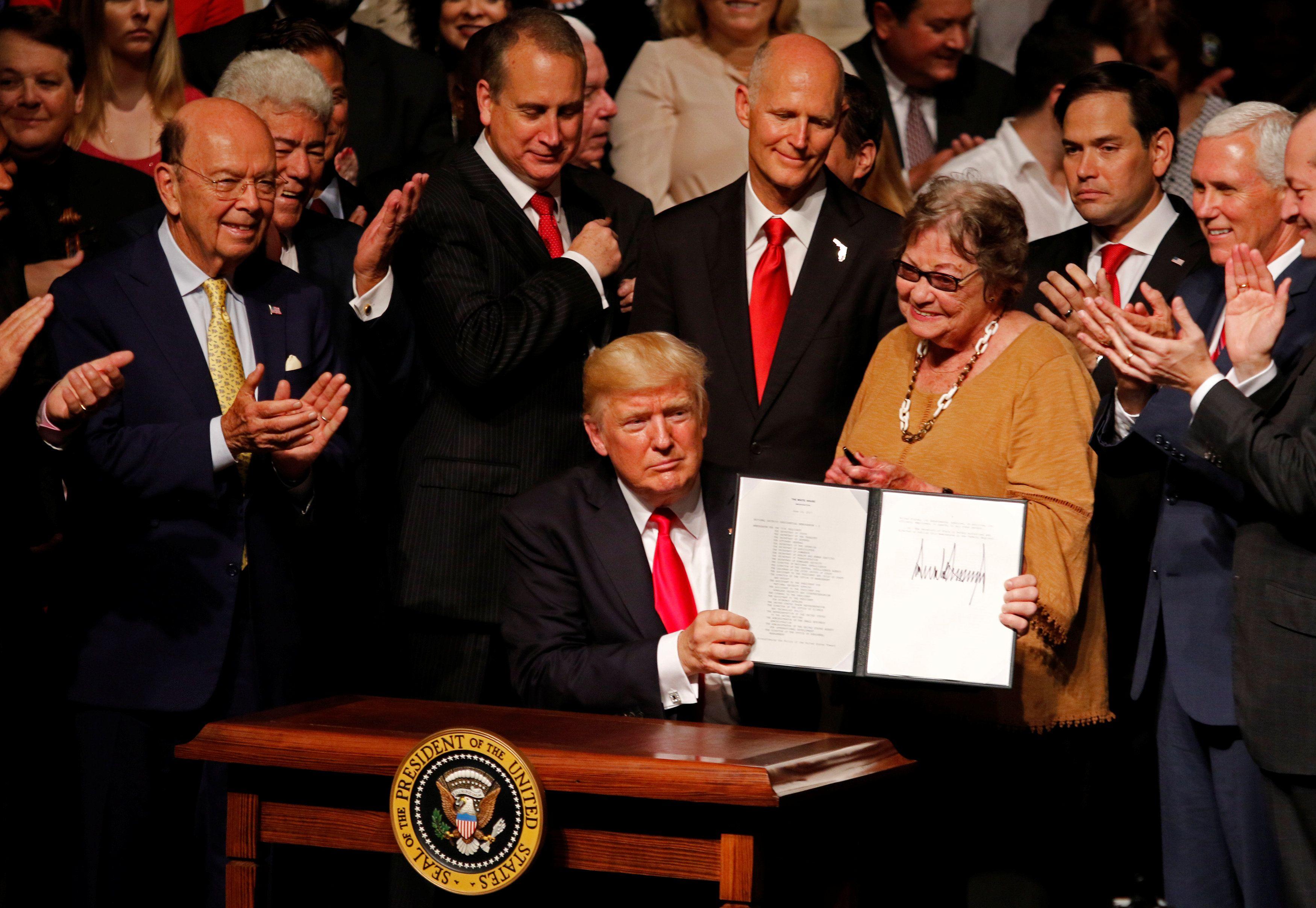 Trump cancela acordo dos Estados Unidos com Cuba