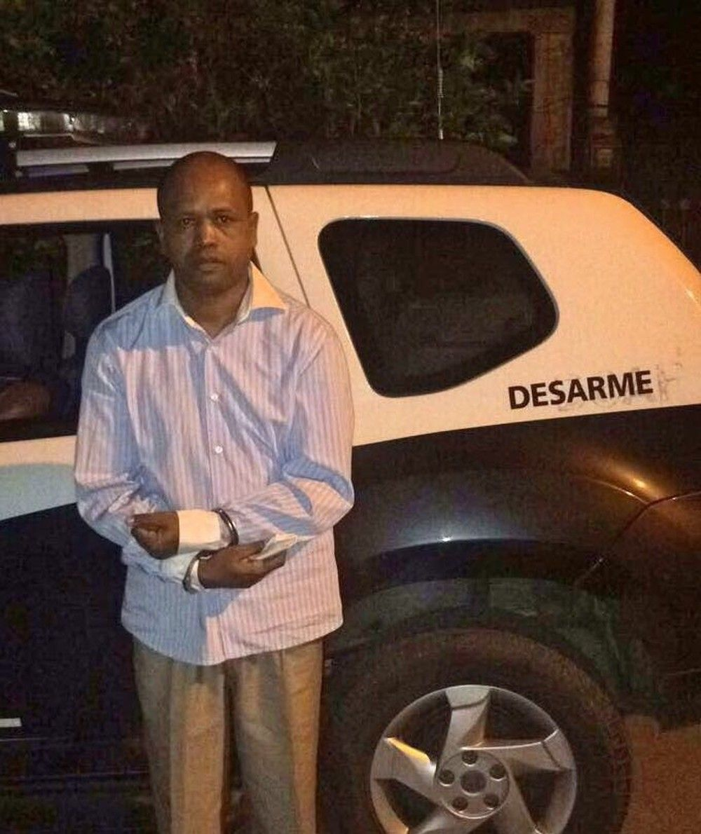 Traficante internacional de armas que se passou por pastor é preso