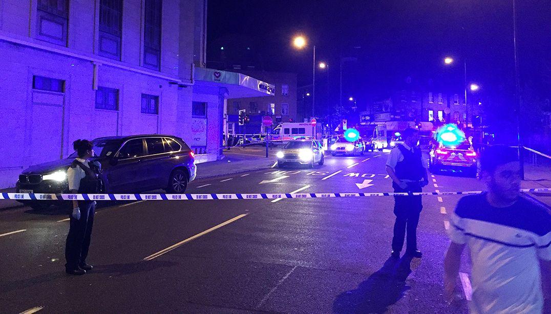 Van atropelou pedestres no norte de Londres / Ritvik Carvalho/Reuters