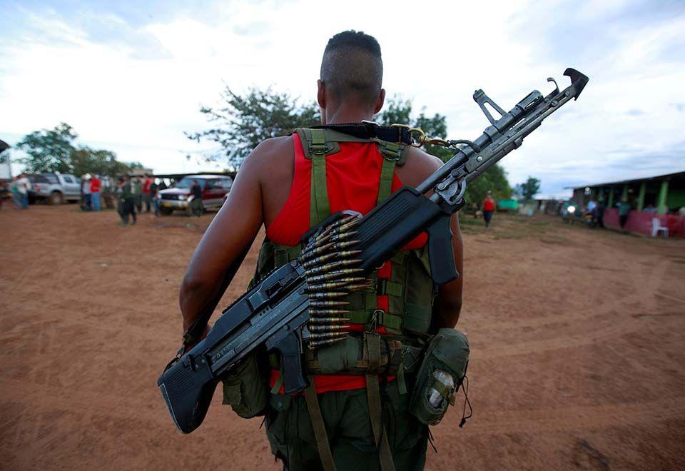 Entrega de armas pelas Farc entra em última fase nesta terça