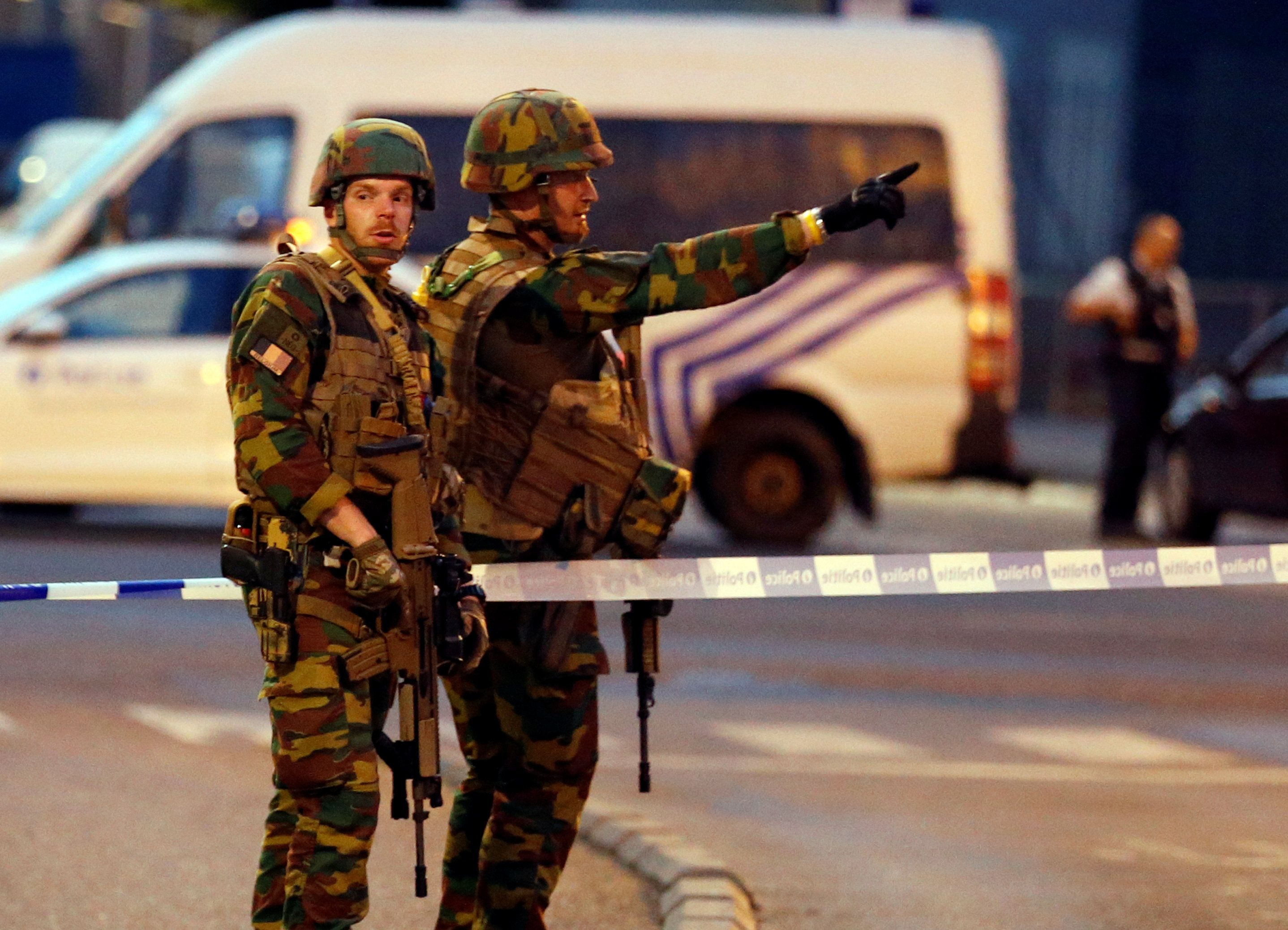 Estação de trem é fechada em Bruxelas após explosão
