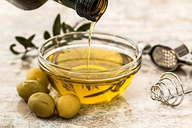 Azeite ajuda na proteção contra Alzheimer, diz estudo italiano
