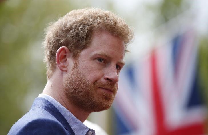 Príncipe Harry diz que falta de conscientização sobre HIV é absurdo