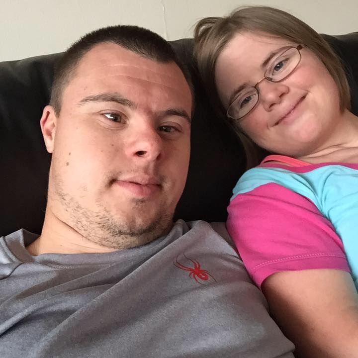 EUA: ex-paciente com síndrome de Down vira funcionário de hospital