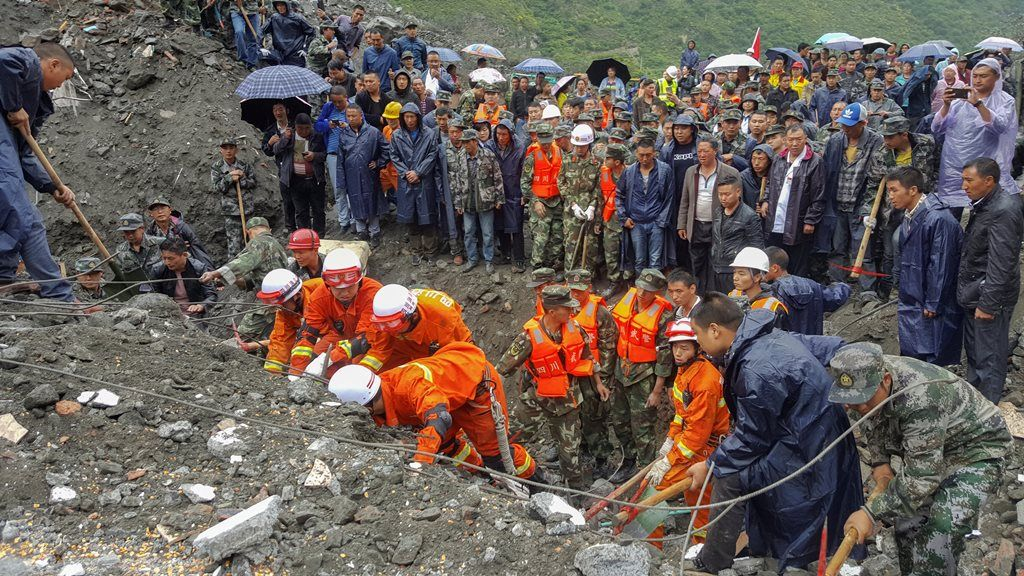 China: Deslizamentos deixam ao menos 120 desaparecidos