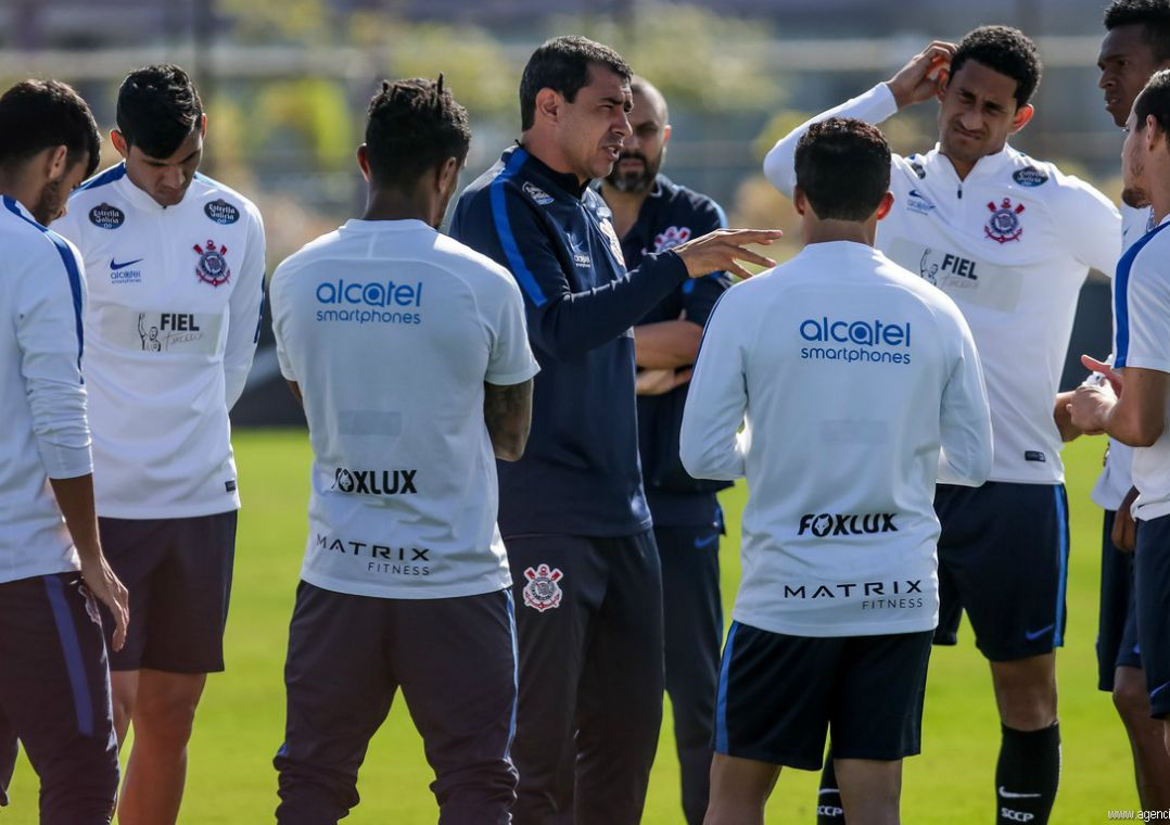 Corinthians fará treino pré-clássico com a presença da torcida