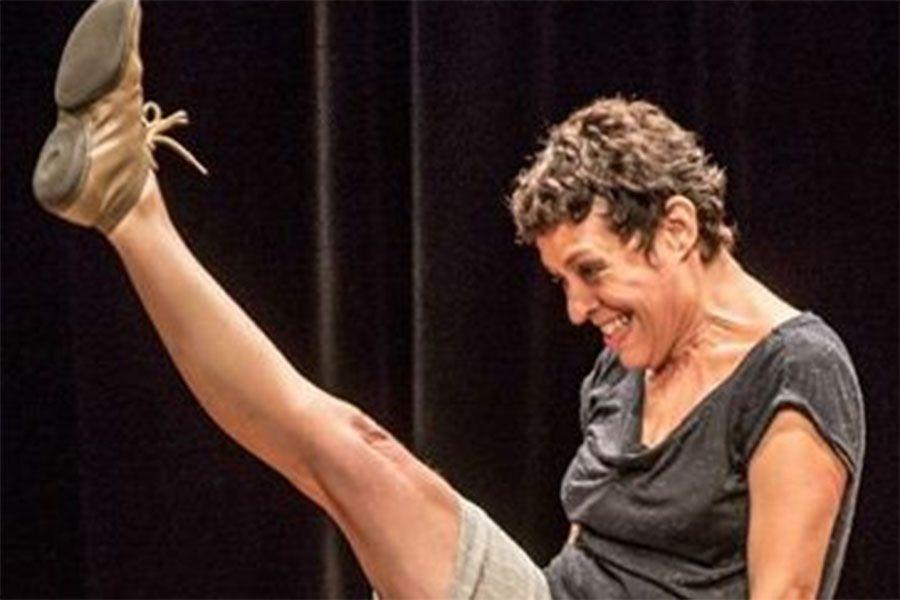 Carioca Denise Stutz apresenta espetáculo da dança Finita em Manaus
