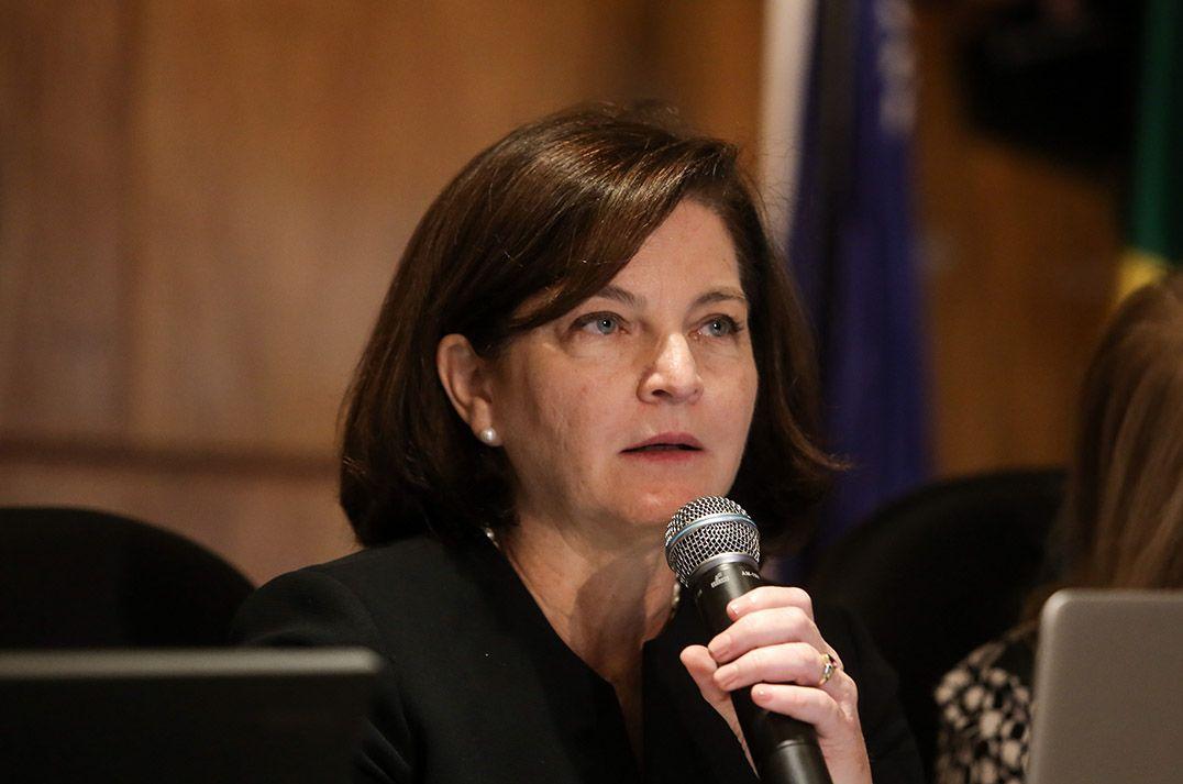Senadores sabatinam Raquel Dodge nesta quarta-feira