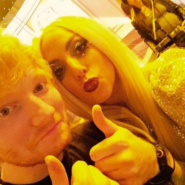 Lady Gaga elogia Ed Sheeran após ele deixar Twitter por causa dela