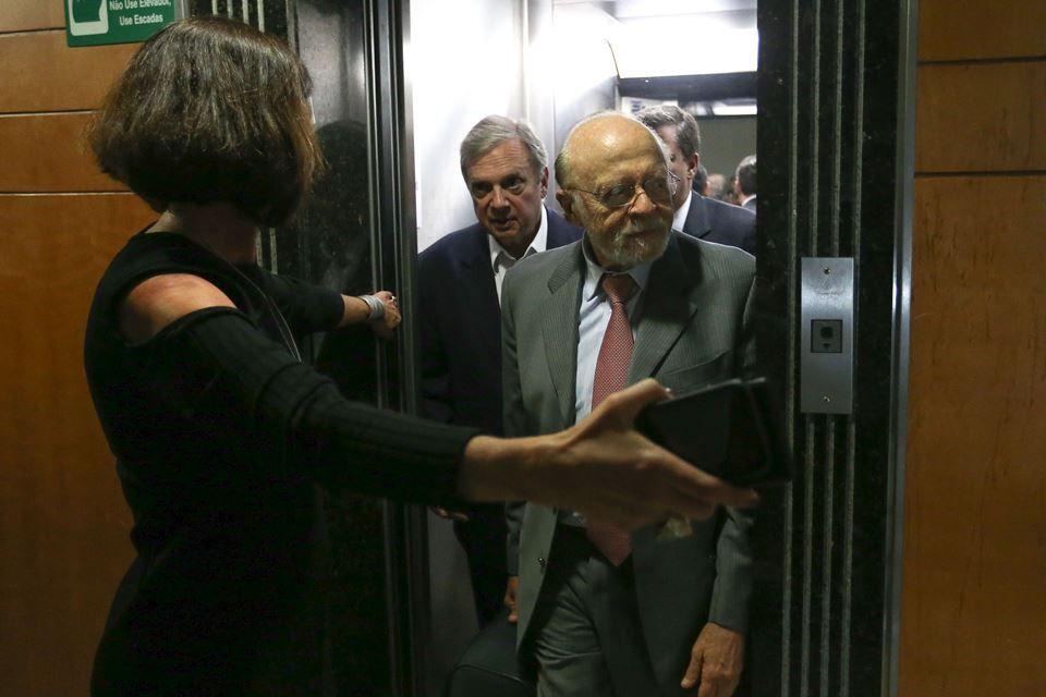 Goldman diz que Doria 'parece um papagaio' falando sobre Lula