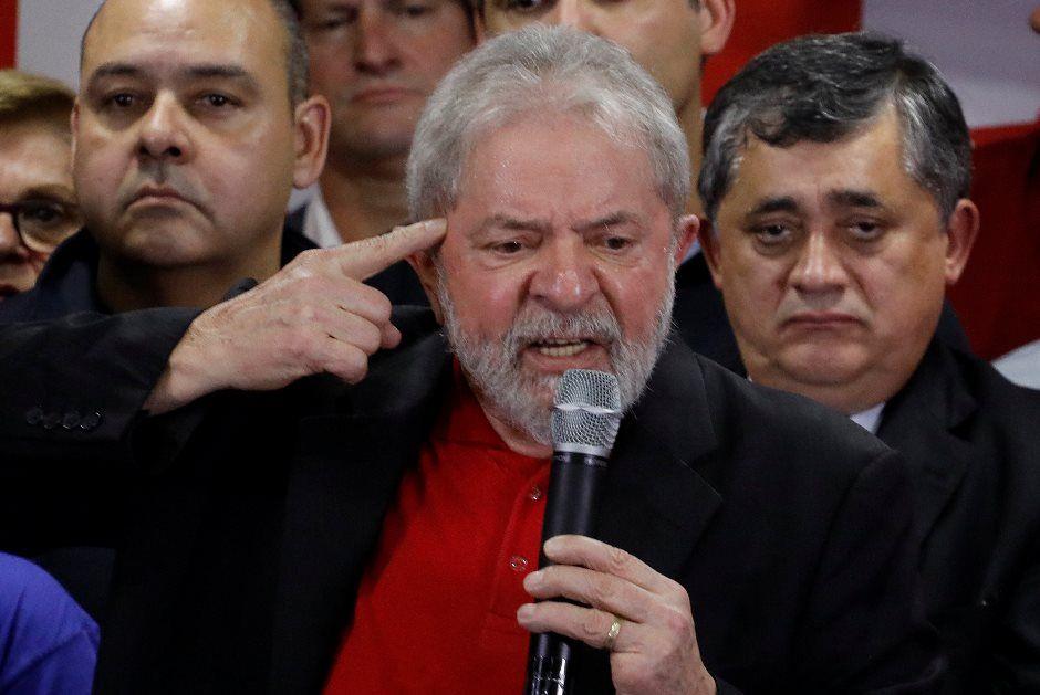'Quem acha que é meu fim vai quebrar a cara', diz Lula