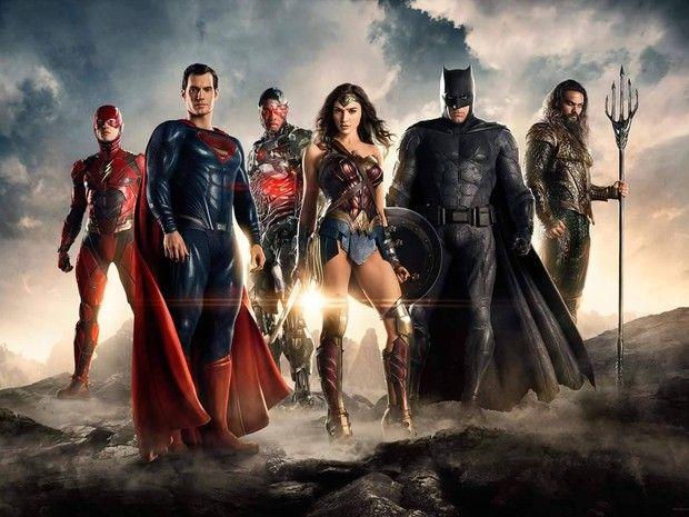 Batman, Mulher-Maravilha e Flash aparecem em foto