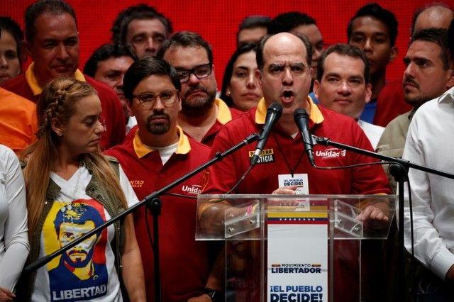 Oposição diz que Maduro foi
