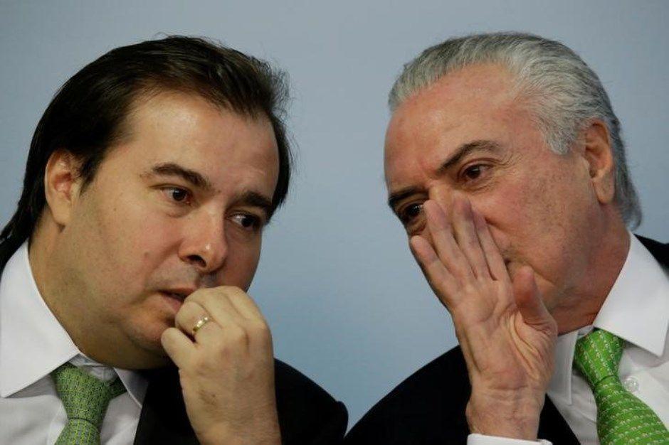 Em novo atrito, Temer e Maia disputam deputados do PSB