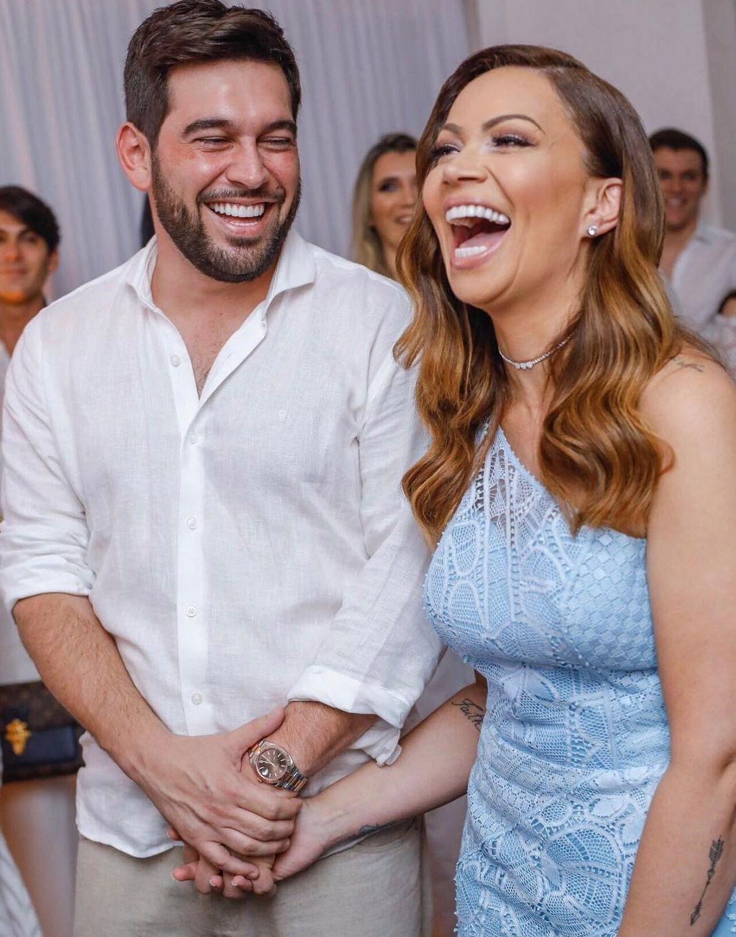 Solange Almeida se casa com empresário em cerimônia íntima