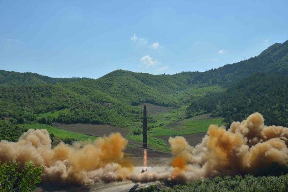 Rússia e EUA discutem se Coreia do Norte lançou míssil balístico