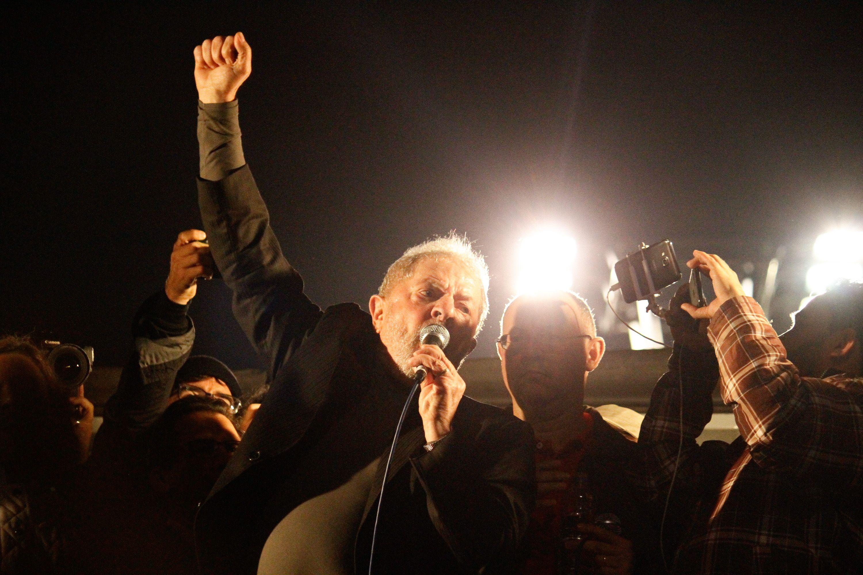 Após condenação, Lula participa de ato em SP
