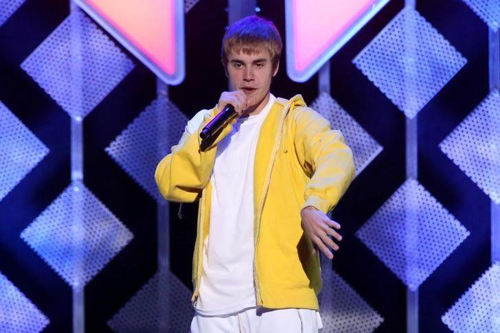Justin Bieber cancela turnê abruptamente