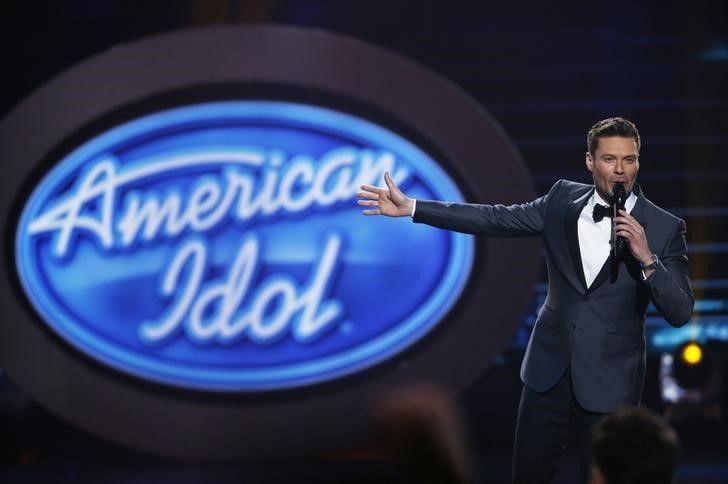 Ryan Seacrest voltará como apresentador de American Idol em 2018