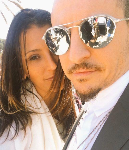 Hackers invadem Twitter da mulher de Chester Bennington