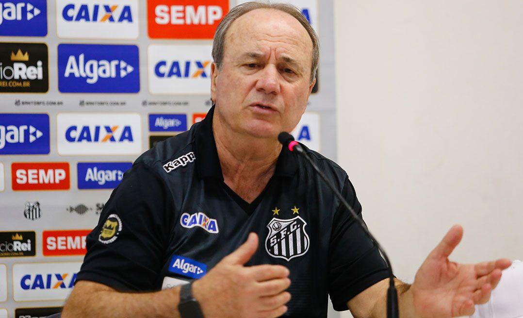 Levir Culpi critica desempenho do ataque do Santos
