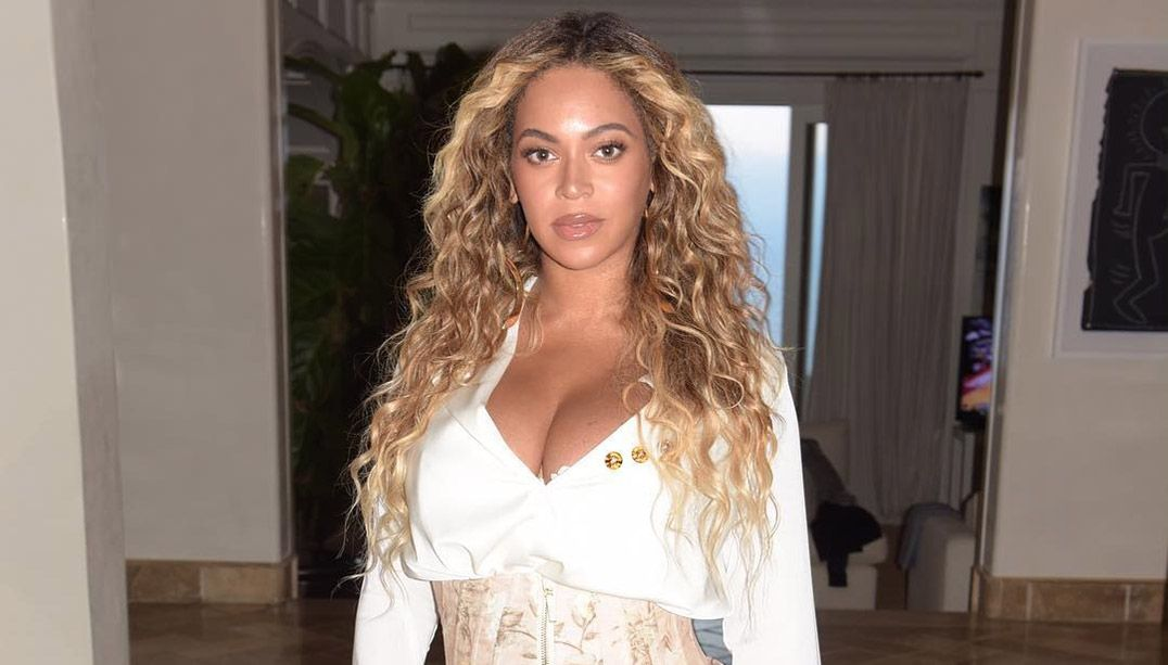 Após críticas, estátua de Beyoncé em museu de NY é retocada