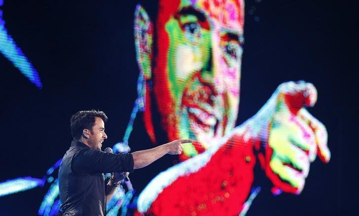 Saiba quanto ganhou Luis Fonsi apenas com Spotify e Apple Music