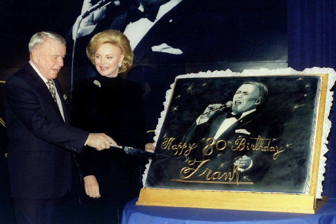 Morre viúva de Frank Sinatra aos 90 anos