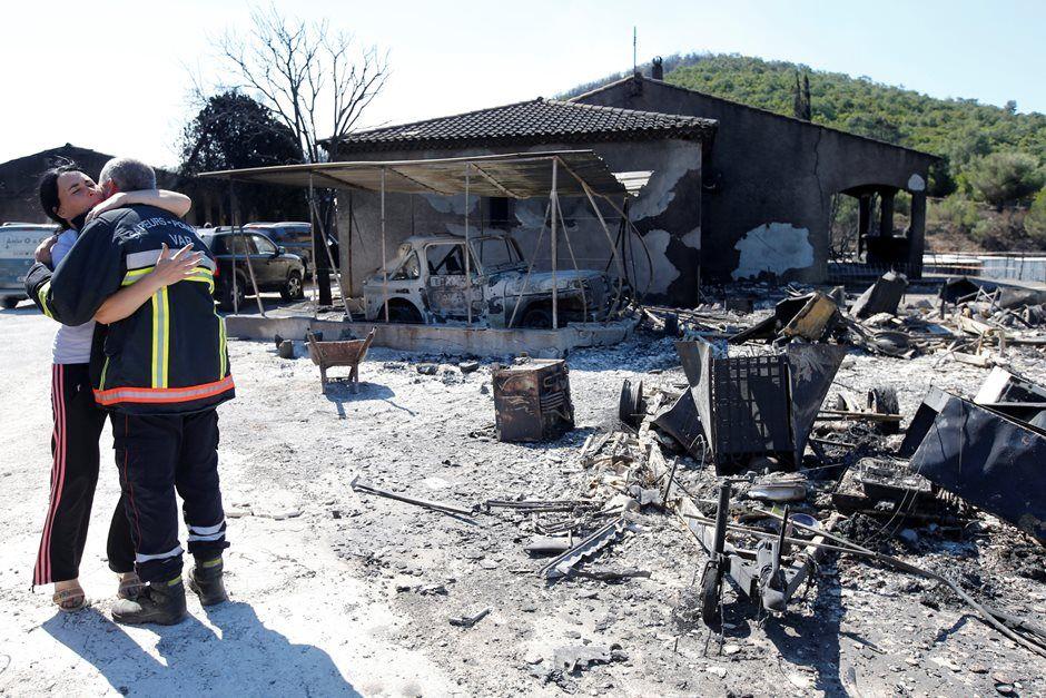 Incêndio já atinge 800 hectares na França
