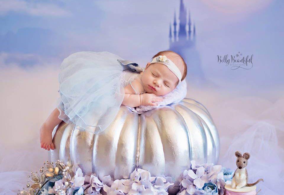 Fotógrafa retrata bebês como princesas da Disney