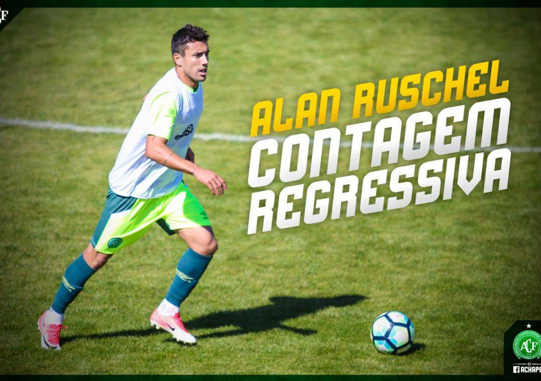 Alan Ruschel disputa 1º jogo-treino pela Chape desde a tragédia
