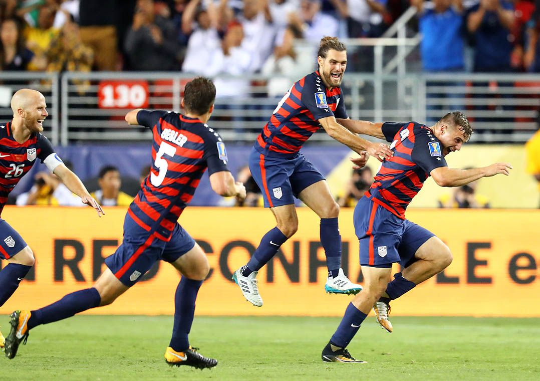 Morris celebra gol do título americano sobre a Jamaica na Copa Ouro  / Mark J. Rebilas-USA TODAY Sports/Reuters