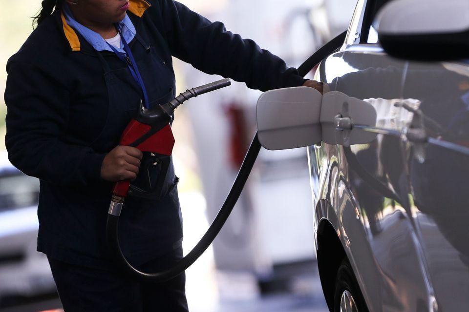 Petrobras volta a aumentar preços do diesel e da gasolina