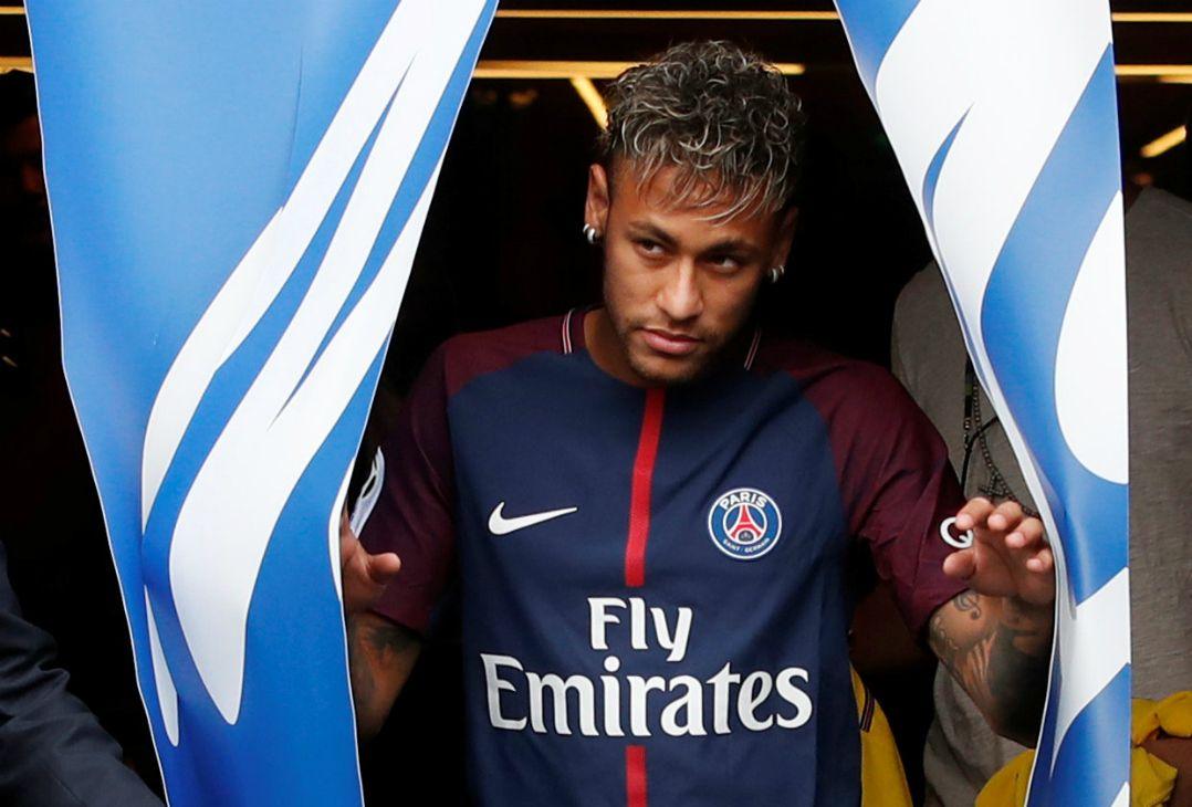 Muricy disse que Neymar vai atrair outros grandes jogadores para o PSG e para França / Christian Hartmann/Reuters