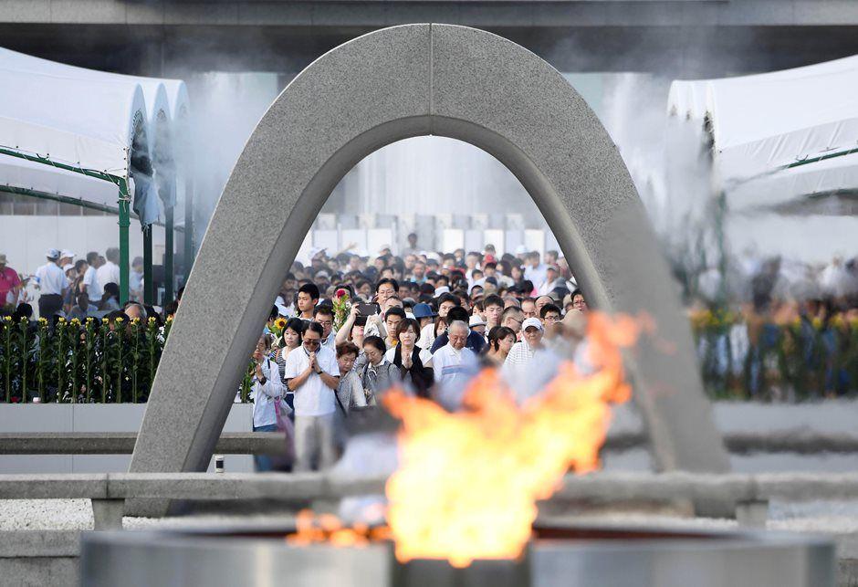 Más de 50 mil personas participaron en la ceremonia / Kyodo / Reuters