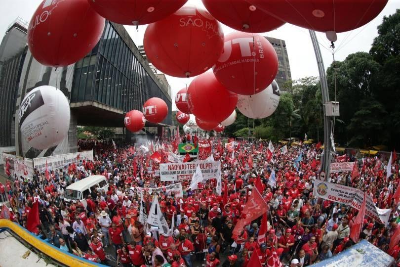 Centrais querem contribuição sindical maior do que imposto atual