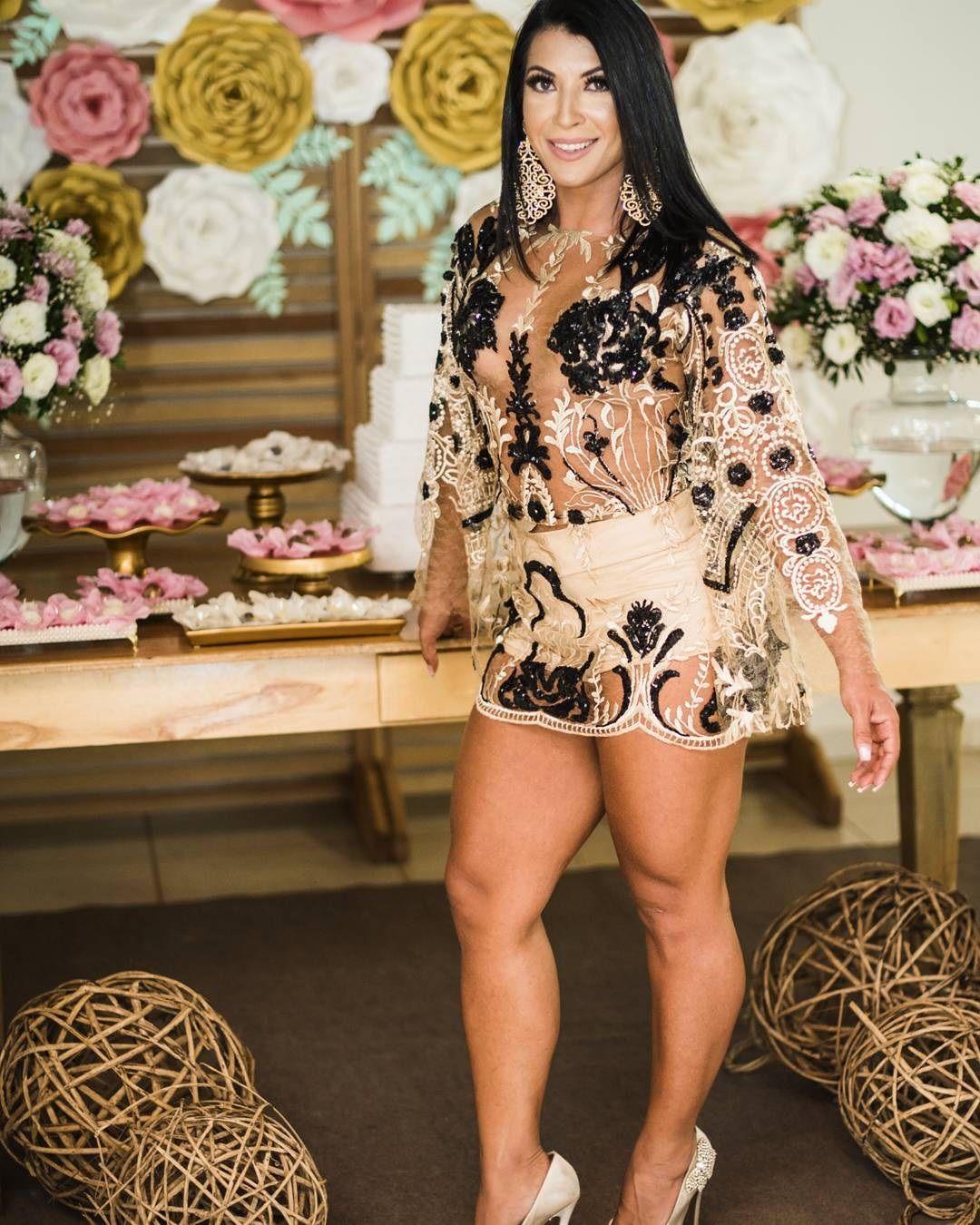 Priscila Pires exibe corpão após duas gestações / Divulgação/Instagram