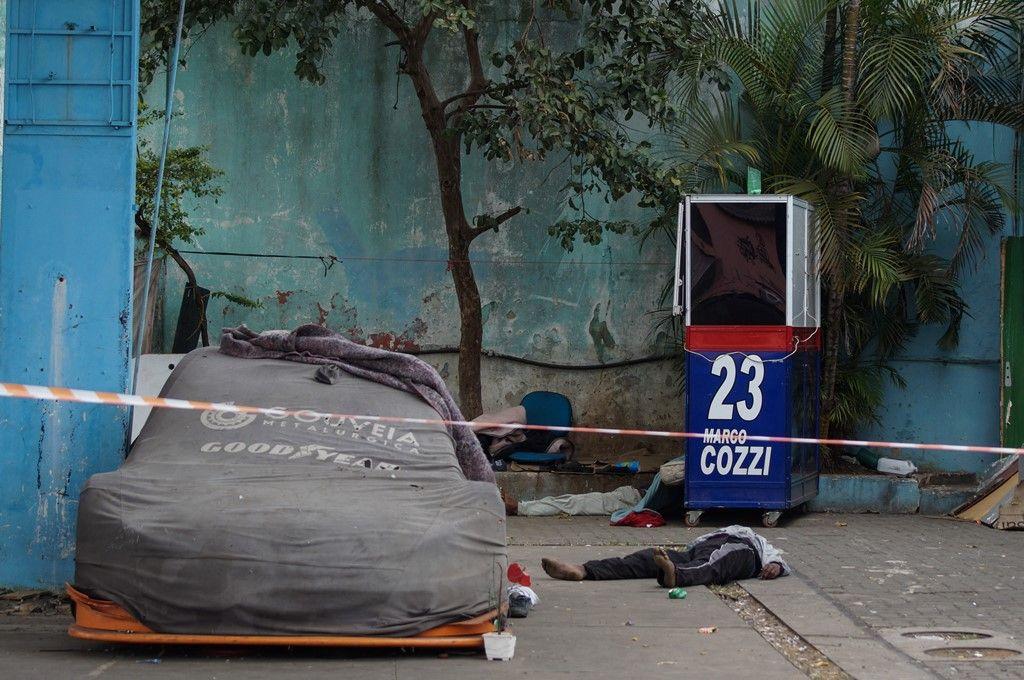 Dois moradores de rua morreram na hora / Código 19/ Estadão Conteúdo