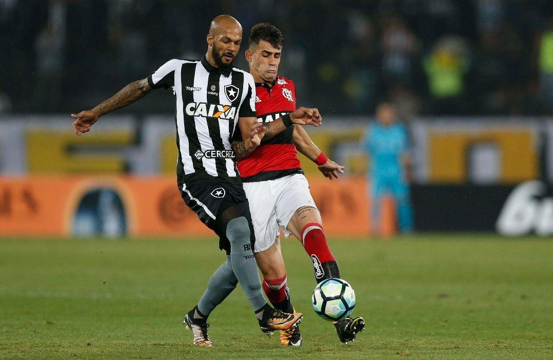 Botafogo e Fla são indiciados; injúria racial fica fora de denúncia