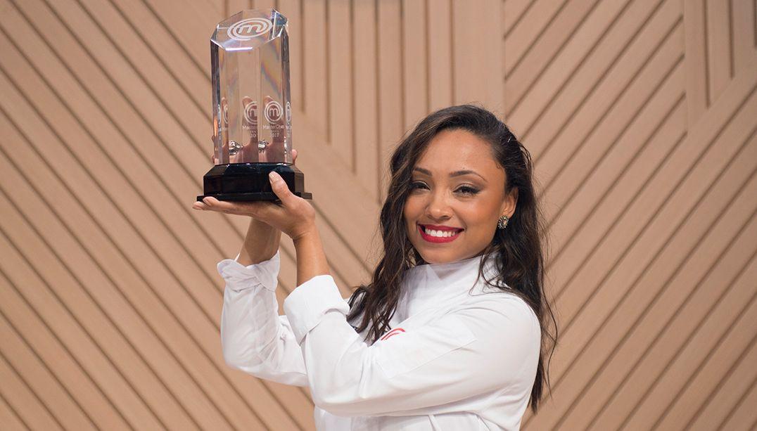 Michele venceu porque soube assimilar as críticas, dizem jurados