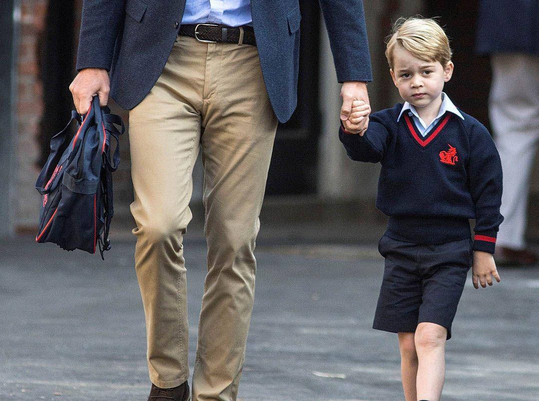 George fez cara de preocupado a caminho da escola / Richard Pohle/Reuters