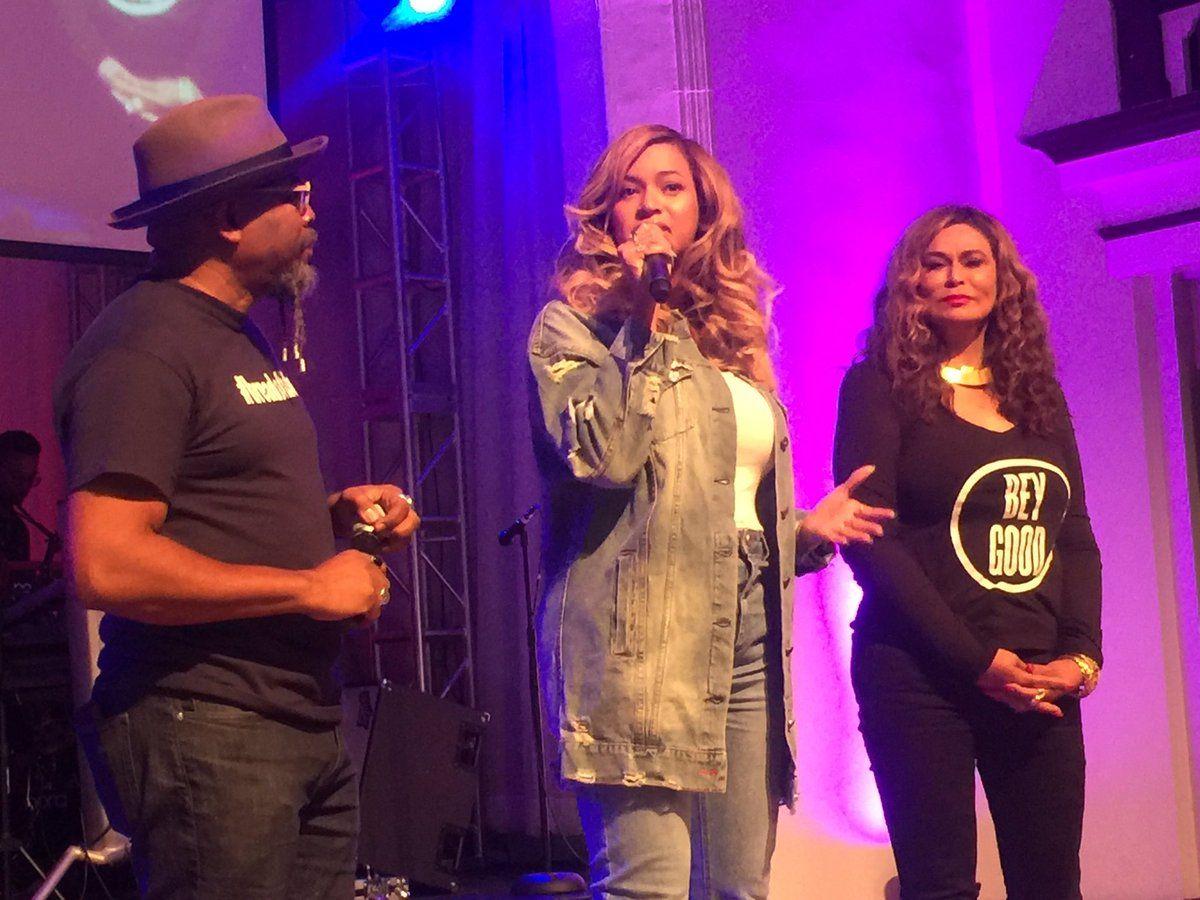 Beyoncé vai a Houston para apoiar vítimas de tempestade