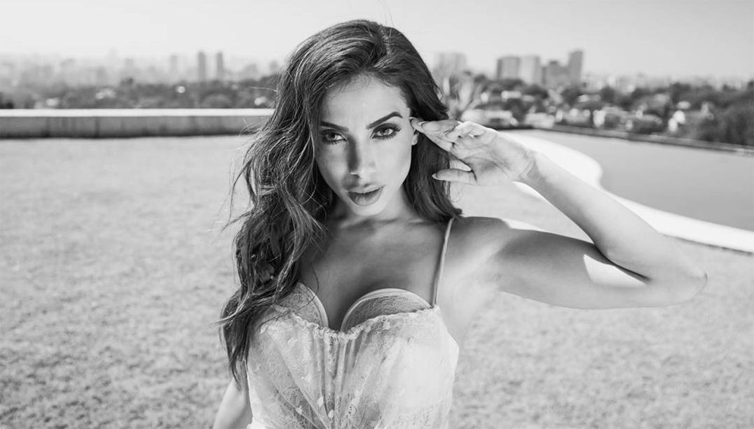Anitta se torna a brasileira mais seguida no Instagram