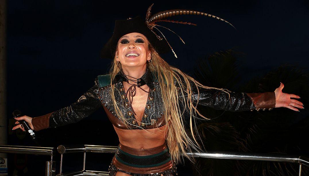 Todas as músicas são para dançar, diz Claudia Leitte sobre Carnaval