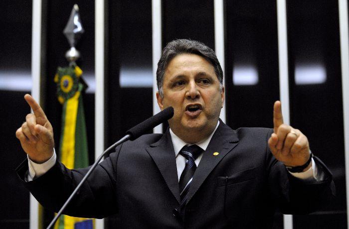 Garotinho estava nos estúdios da Rádio Tupi. / (Foto: Agência Brasil)