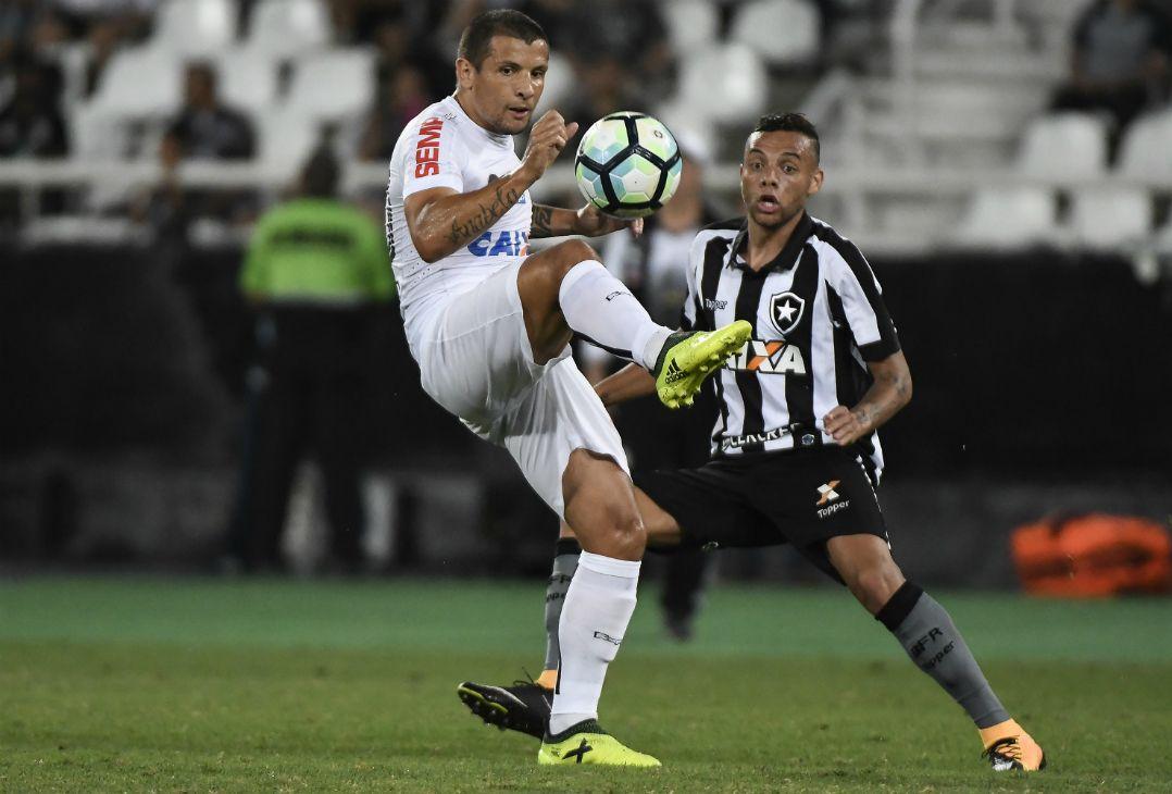 58150cf251 Vecchio iniciou a temporada como camisa 10 alvinegro (Foto  André  Fabiano Estadão Conteúdo)